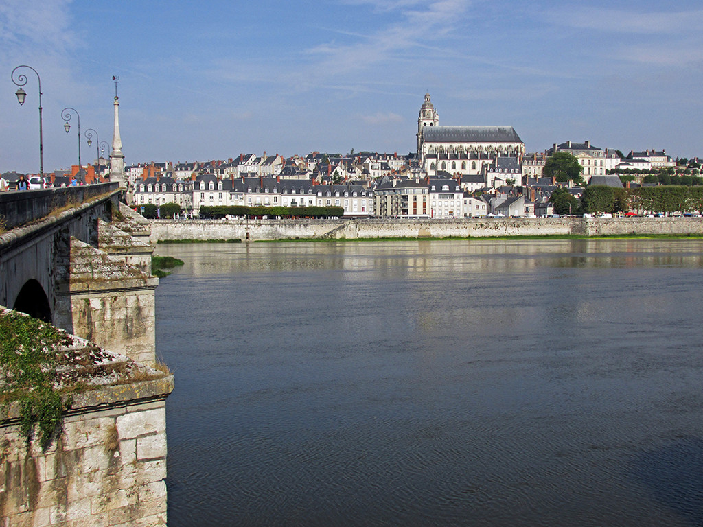 Blois-Chaumont-France-9-11-14 | Hiking Biking Adventures