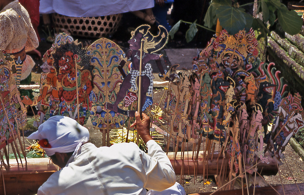 Bicycling Bali-Besakih Temple puppeteer