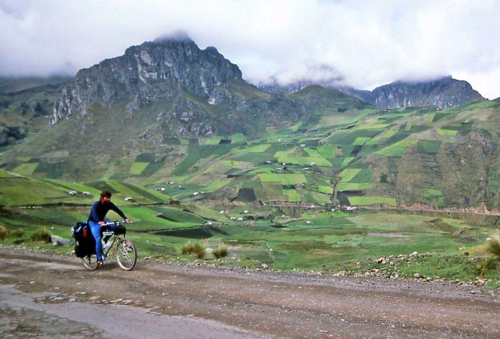 Anne & Mike Poe bicycle Ecuador