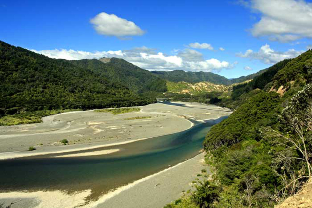 Bicycling North Island New Zealand-East Cape-Raukokore River