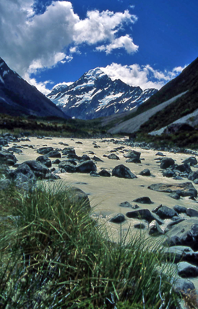 Hiking Mt Cook National Park