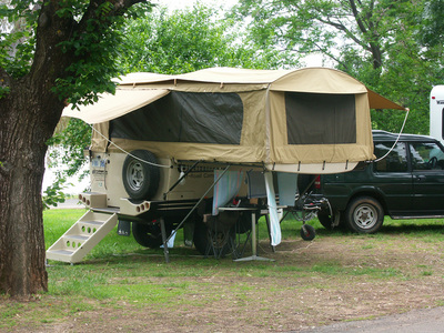 Bicycling Southern Australia-camper tents