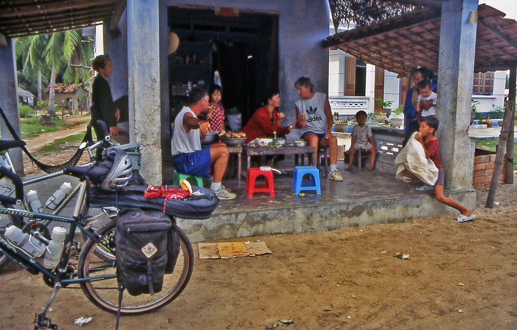 Bicycling Vietnam Families invited us into their homes