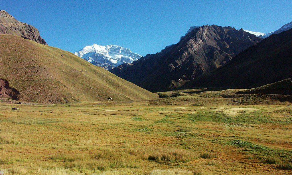 Hiking Aconcagua National Park