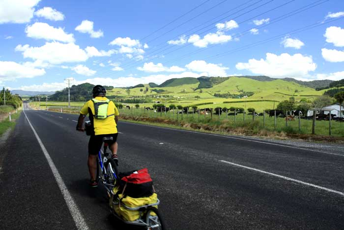 Bicycling North Island New Zealand-Coromandel Peninsula-On the road to Waihi