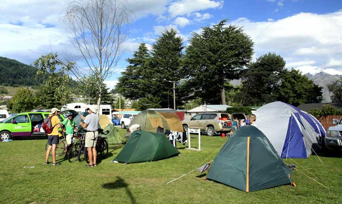 Bicycling South Island New Zealand-Lakeview Holiday Park