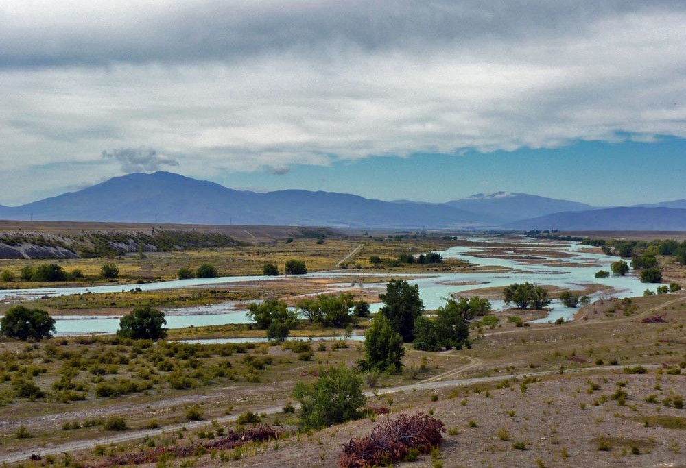 Bicycling South Island New Zealand- The canal road by Stephanie Le Rat
