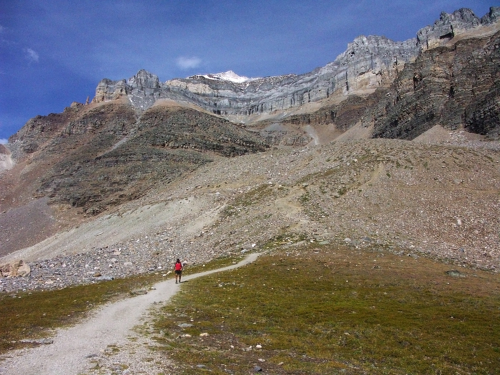 Sentinel-Pass Trail-The ascent to Sentinel Pass