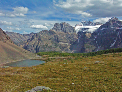 Hiking Canada-Sentinel-Pass Trail-Views of the Ten Peaks from Larch Valley