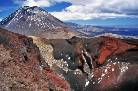 Hiking Biking Adventures-Hiking Tongariro National Park New Zealand