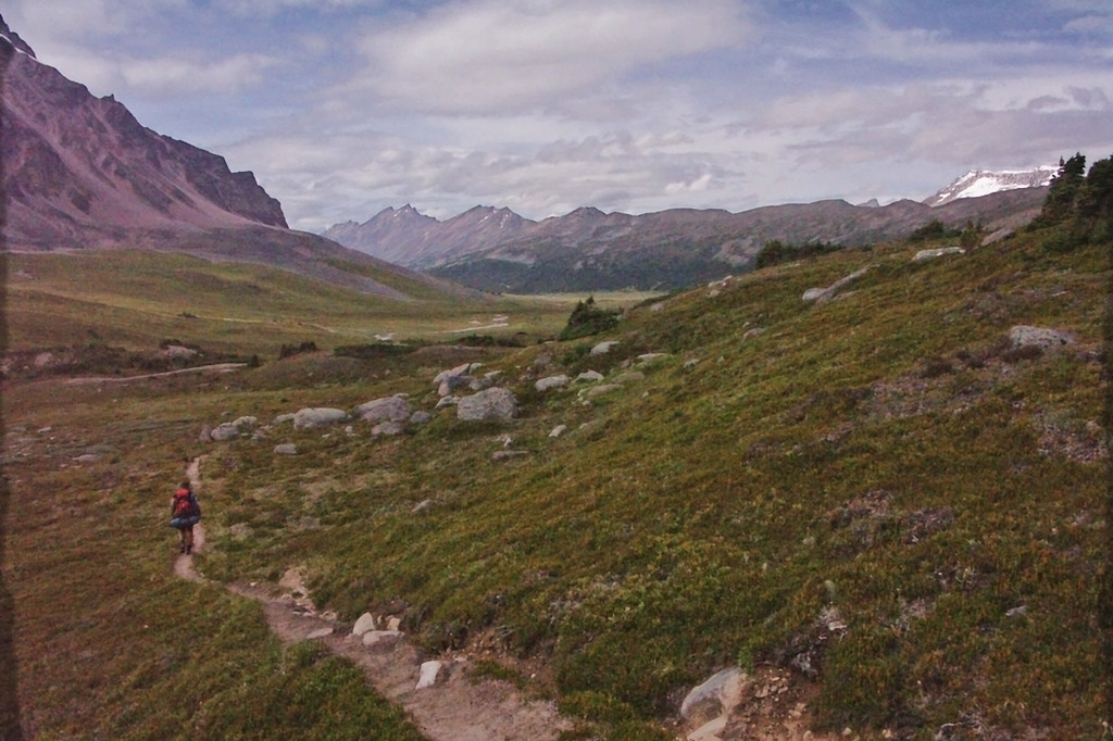 Brazeau Lake Loop